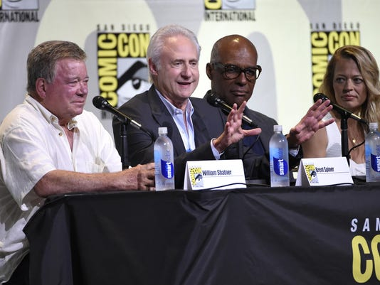 William Shatner, Brent Spiner, Michael Dorn, Jeri Ryan