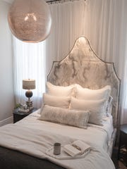 Chelsea-Skye Mills designed the first-floor guest bedroom.
