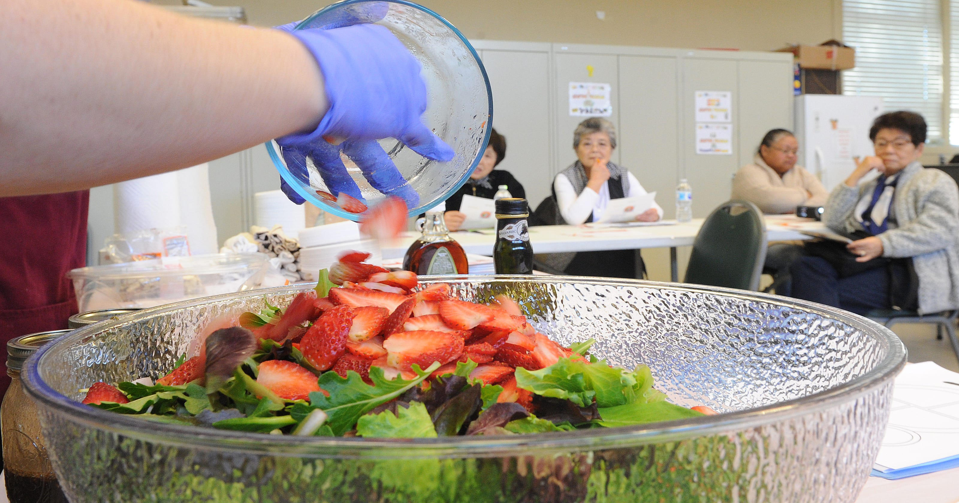 best sneakers cd46d b91f0 Hospital offers healthy-cooking classes in Oxnard