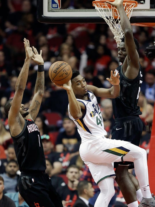 Jazz_Rockets_Basketball_05355.jpg