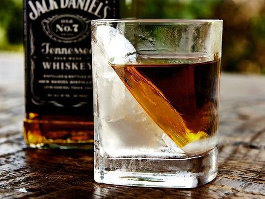 whiskeyboom0208.JPG
