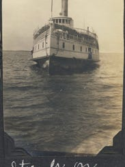 A steamer travels the Nanticoke River in the early