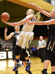 Clyde's Heidi Marshall can create shots for herself,