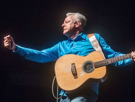 It was a night of guitar excellence with Tommy Emmanuel