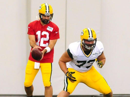 JC Tretter, Aaron Rodgers