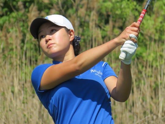 Kelly Sim won three NJSIAA girls golf titles