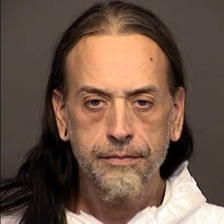 Police: Mesa man stabbed another man to death for flirting with girlfriend