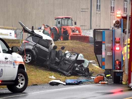 car accident in lebanon A single car crash sent one person to the hospital with serious injuries friday  morning according to fire officials, first responders arrived at the.