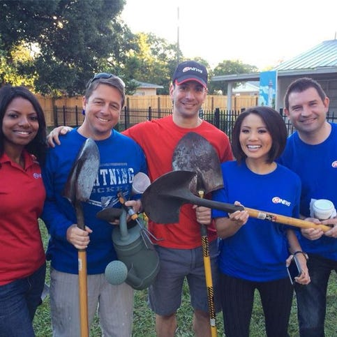 10 News: Make A Difference Day 2013