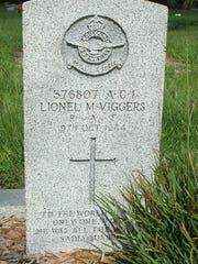 The headstone of Lionel M. Viggers in Oak Ridge Cemetery in Arcadia.