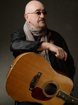 Dave Mason, founding member of '60s rock group Traffic, will play Ocean City Music Pier on Monday.