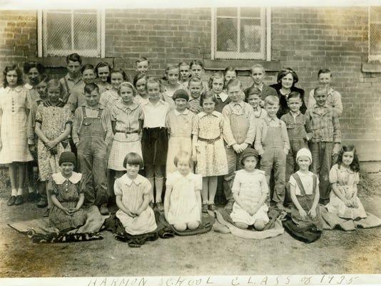 HARMON SCHOOL CLASS OF 1935