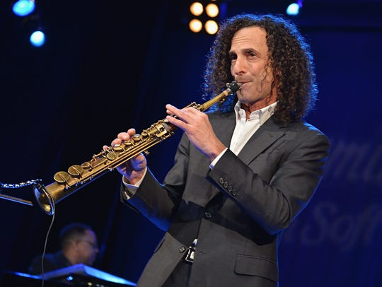 Kenny G will play a combination of holiday music and