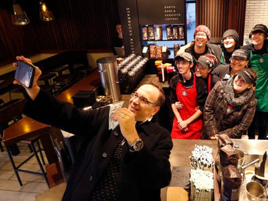 Priest Gives 6k To Starbucks Employees Muslim Refugees