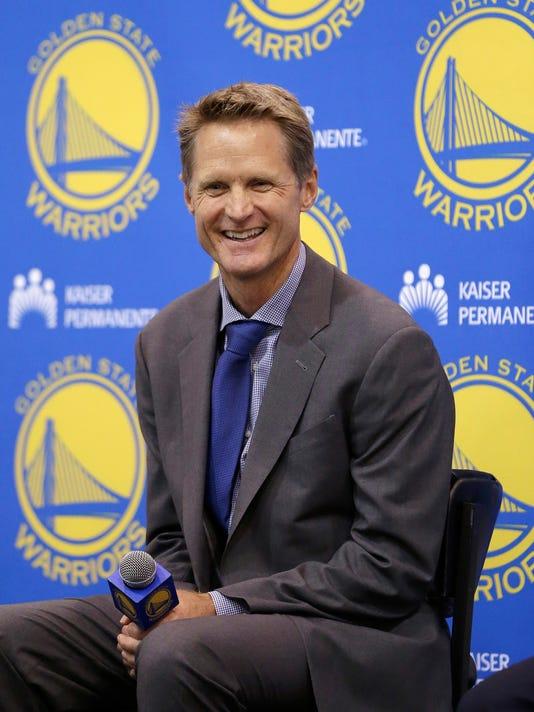 Warriors Kerr Basketb_Schu.jpg