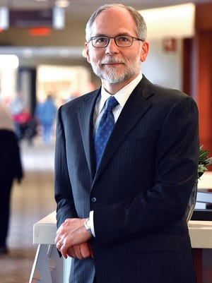 Ephraim Casper, MD, FACP Valley - Mount Sinai Director of Comprehensive Cancer Care Valley Health System