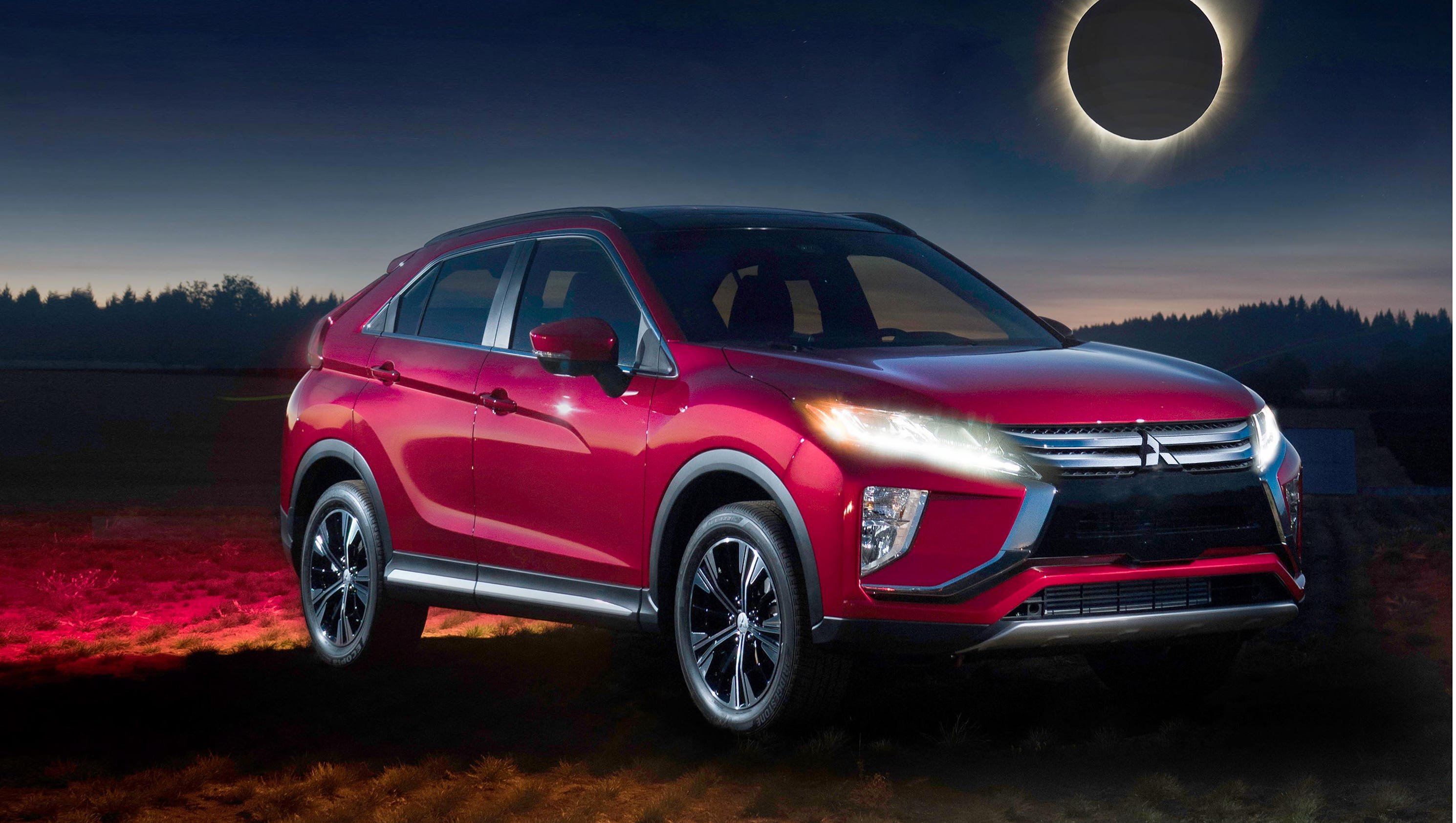first drive 2018 mitsubishi eclipse cross demands attention. Black Bedroom Furniture Sets. Home Design Ideas
