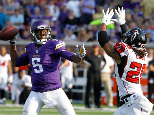 Falcons Vikings Footb_Mora