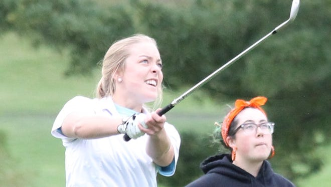 McNick's Maria Ciampone shot a 48 to share medalist honors