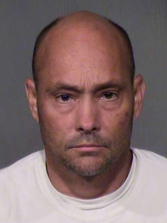 MCSO: Waddell man impersonated sheriff's deputy, conducted sting