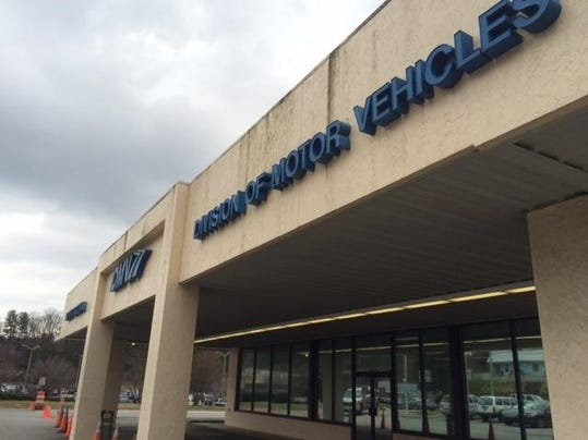 Thousands mistakenly lose drivers licenses in nc for Nc division of motor vehicles driving log