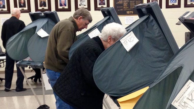 Voters selected their candidates Monday morning on the second to last day for early voting in the Tennessee Primary.