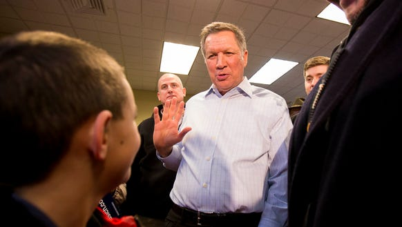 Ohio Gov. John Kasich campaigns in Plaistow , N.H.