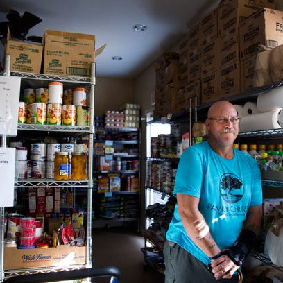 Marco Island church feeds families in need with its 'Our Daily Bread' food pantry