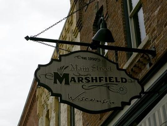635778343093874728-Main-street-marshfield