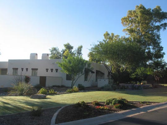 The Republic|azcentral.com - Oct 8, 2015 12:54:00 PM - Live Photos  James Neal and Heather McLaughlin paid $2.1 million for this 6,480 square-foot home at Liberty Estates in Paradise Valley.