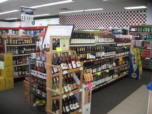 635845886076821109-liquor.jpg