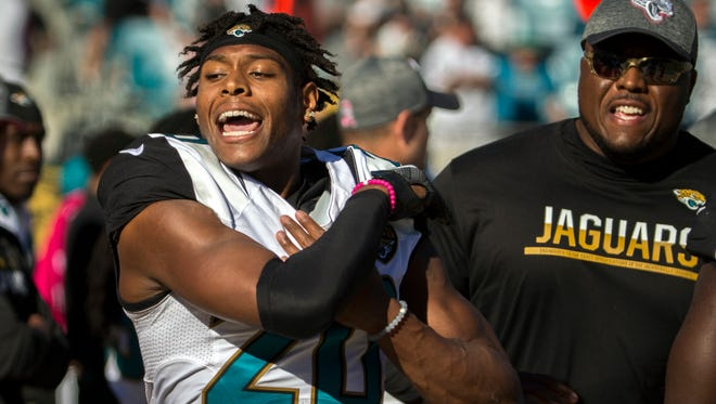 Jaguars cornerback Jalen Ramsey (20) throws his gloves after being ejected against the Raiders on Oct. 23, 2016.