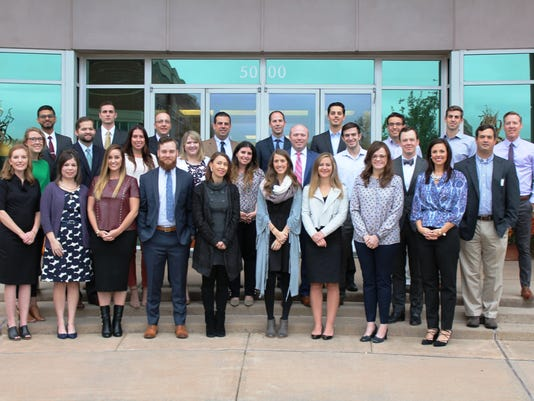 636510374626372516-YLC-Williamson-Chamber-Class-2017-Group-Photo.JPG