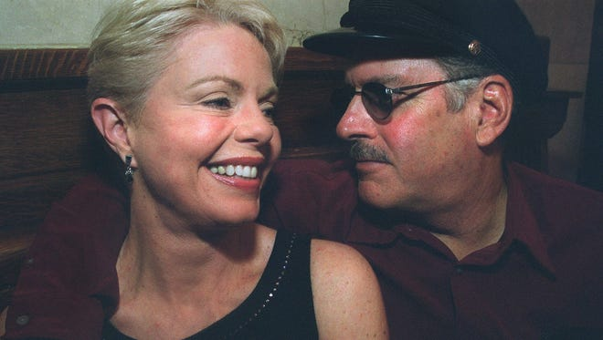 The Captain & Tennille in 2001.
