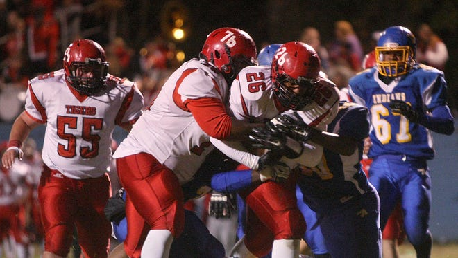 Lexington returns enough talent this fall it should contend again for a Region 7-4A championship.