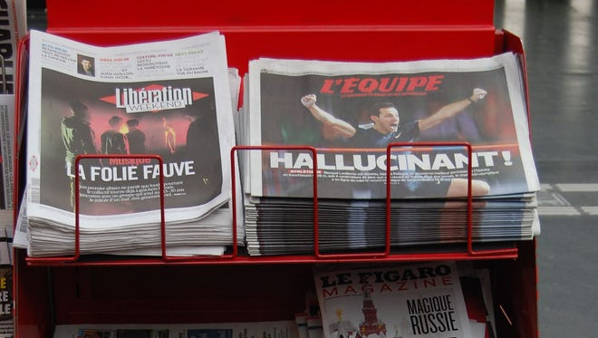 French newspaper stand