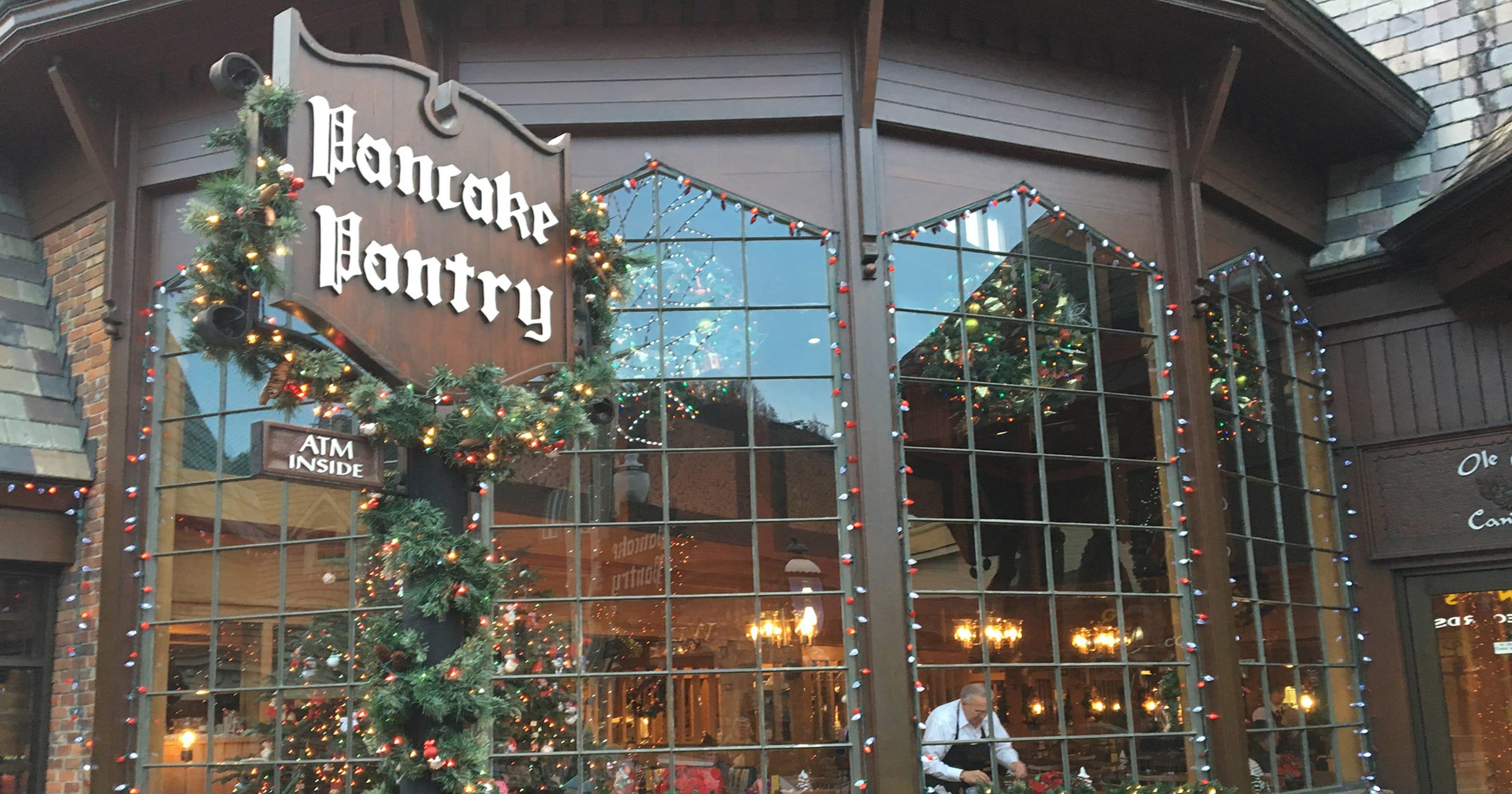 Gatlinburg welcomes visitors back after wildfire