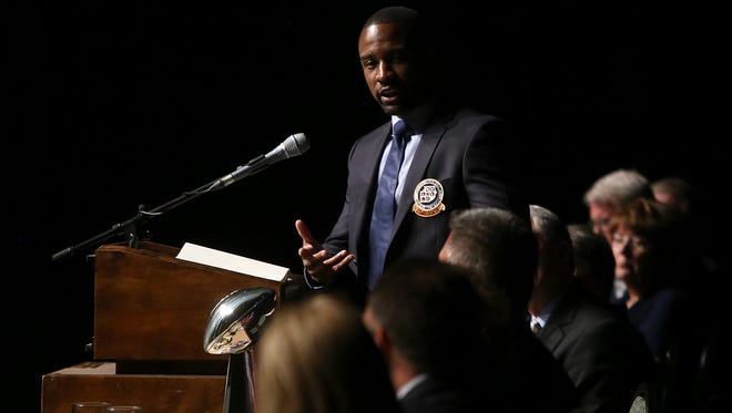 Jabari Greer speaks during the 31st annual Jackson-Madison County Sports Hall of Fame Banquet at the Carl Perkins Civic Center on Thursday, April 7, 2016. Greer would later give more remarks as he was inducted into the Hall of Fame with four others.