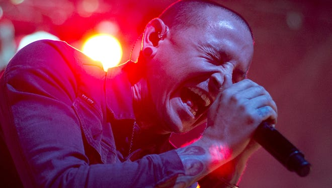 Chester Bennington performs with Stone Temple Pilots at the Marquee Theatre, September 26, 2013.