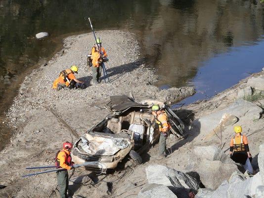 Car in river 1.jpg