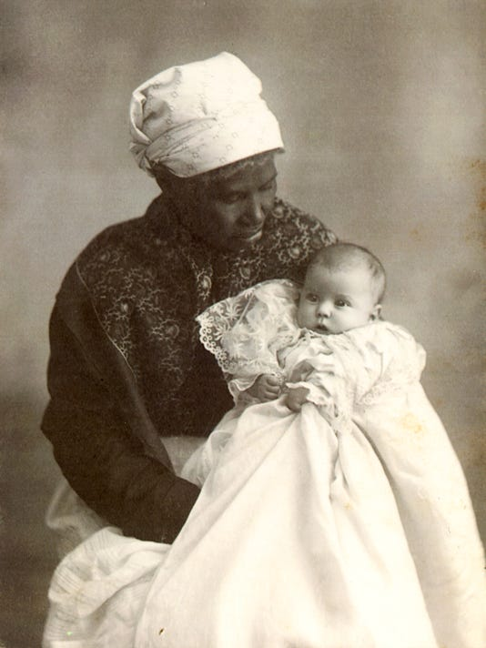 Temple-Avery-and-baby-Pauline-Moore-Pack-K949-5.jpg