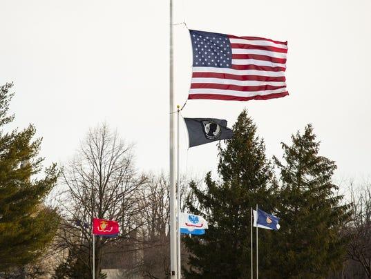 LDN-JML-021317-flags