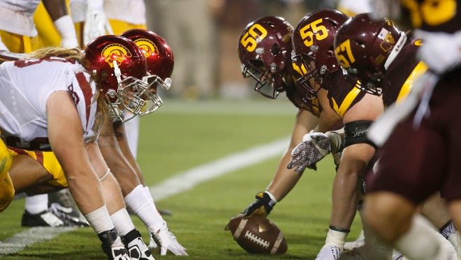 Arizona State lines up against USC at Sun Devil Stadium in Tempe on Saturday, Sept. 26, 2015.