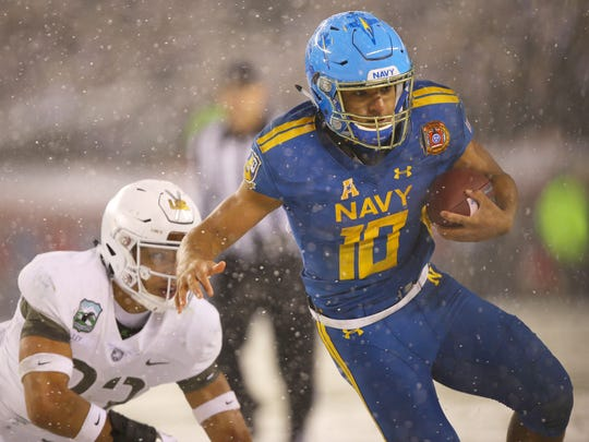 Navy running back Malcolm Perry topped 1,000 yards