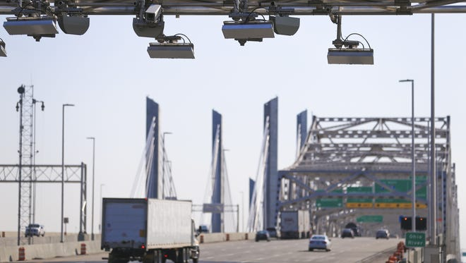 The RiverLink transponder cameras are set up above Interstate 65 near the Kennedy Bridge in Jeffersonville.