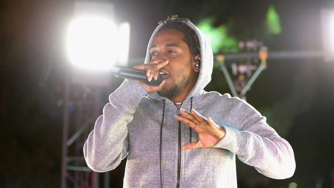 WEST HOLLYWOOD, CA - MARCH 24:  Recording artist Kendrick Lamar performs at #GETPUMPED live event. Reebok And Kendrick Lamar Take Over The Streets Of Hollywood, Fusing Fitness And Music With A Ground-Breaking Event on March 24, 2015 in West Hollywood, California.  (Photo by Chris Weeks/Getty Images for Reebok) ORG XMIT: 543401179 ORIG FILE ID: 467464960