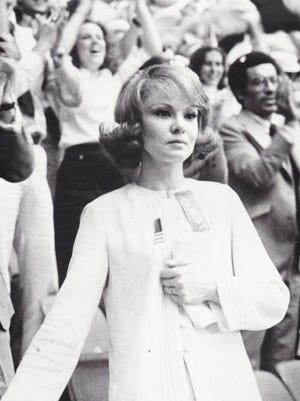"Barbara Harris, seen in 1979's ""The Seduction of Joe Tynan,"" was a big-screen leading lady in the 1970s."