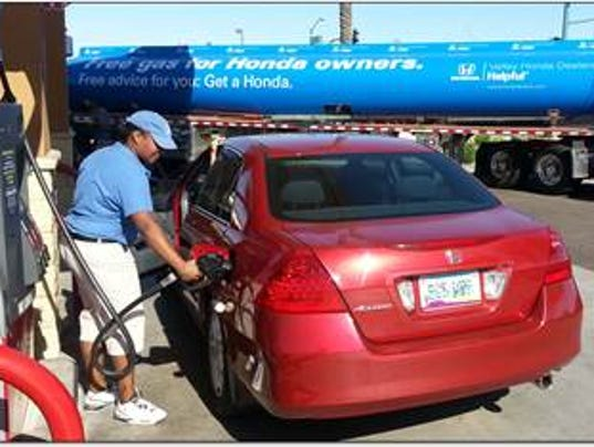 Where honda drivers can get free gas in glendale peoria for Honda dealer glendale ca