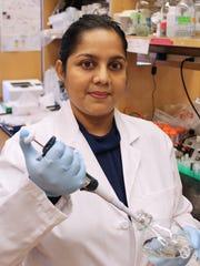 Shilpy Joshi, research associate in Eileen White's laboratory.