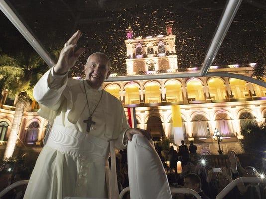 Paraguay Pope South A_Schu-1